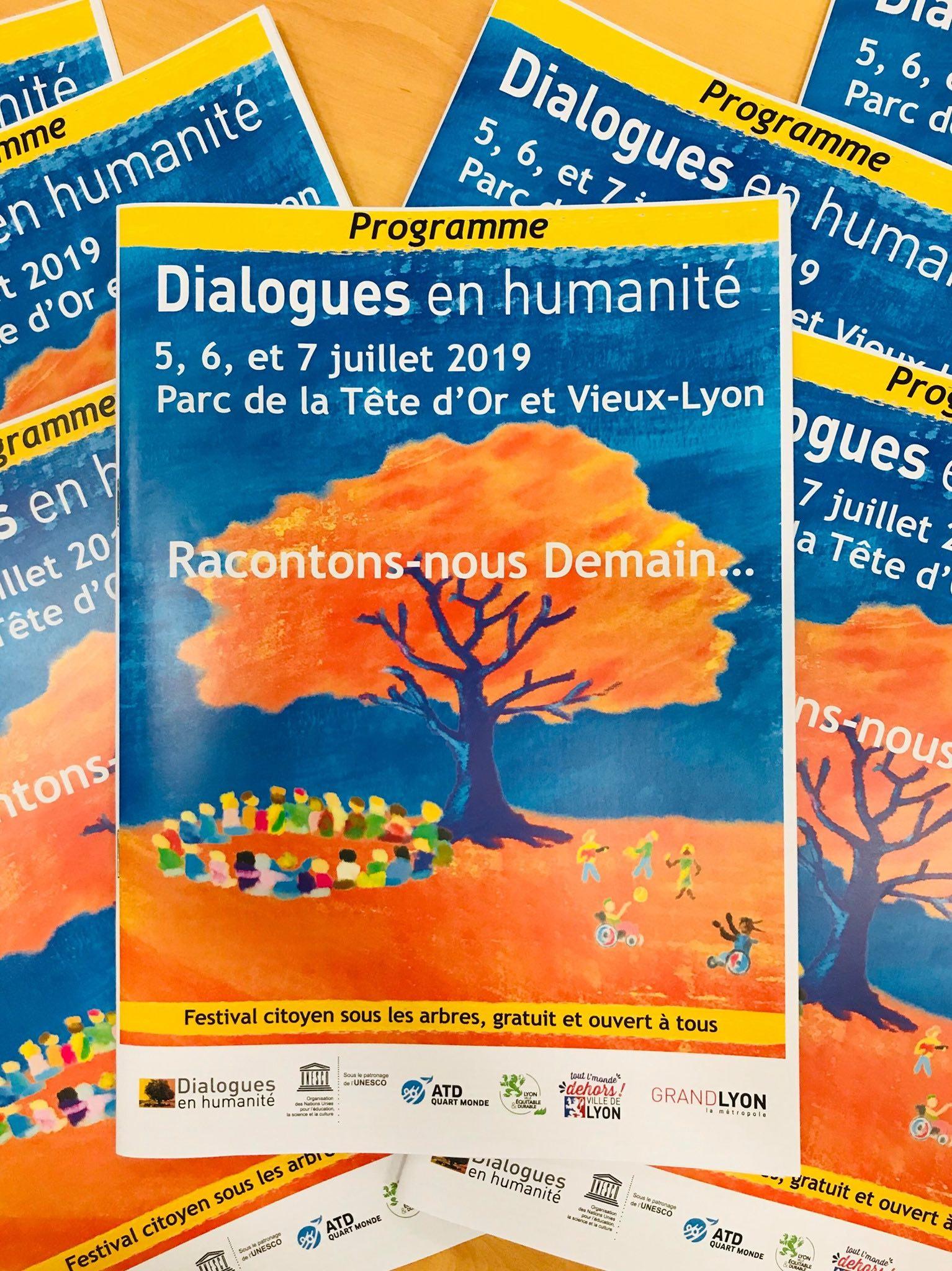 Dialogues en Humanité